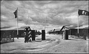 Klicken Sie auf die Grafik für eine größere Ansicht  Name:Die Wache des SS-Lagers (www.kasernen-und-gebaeude.de).jpg Hits:44 Größe:277,4 KB ID:14233
