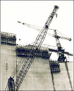 Klicken Sie auf die Grafik für eine größere Ansicht  Name:web-Bau-der-Okertalsperre-1953-1954-1-4 (1) - Kopie.jpg Hits:24 Größe:190,6 KB ID:17841