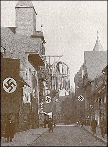 Klicken Sie auf die Grafik für eine größere Ansicht  Name:goslar, hoher weg im dritten reich.jpg Hits:634 Größe:101,9 KB ID:13762